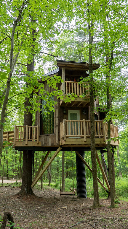 Two story treehouse at The Mohicans