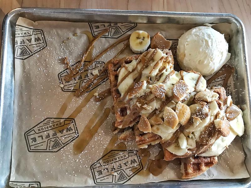 waffle champion banana cream