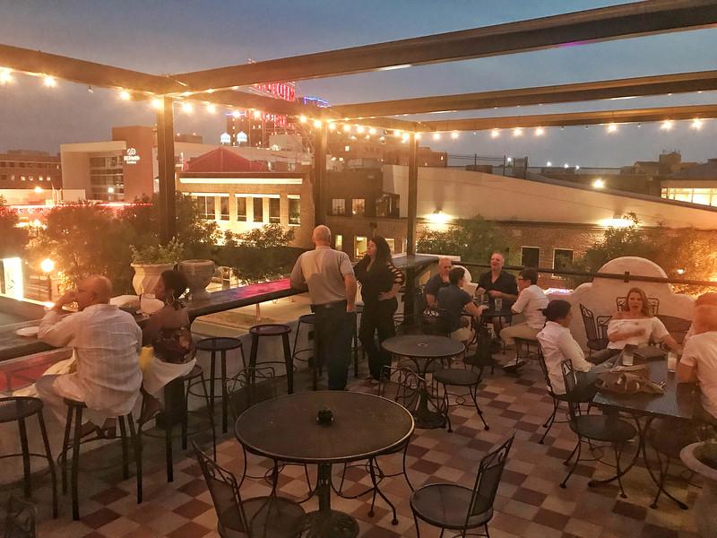 cafe do brasil rooftop bar