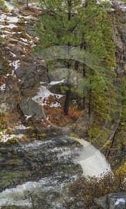 Bend Tumalo Falls Creek Waterfall Autumn Tree Forest Photo Summer Park View Point - 021792 - 21-10-2017 - 7515x12488 Pixel