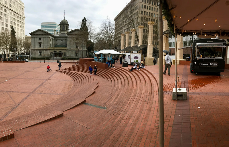Pioneer Square - Portland Food Cart Tour