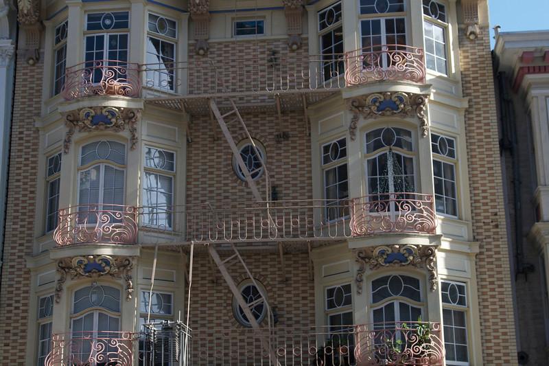 Weird architecture!