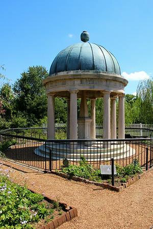Andrew Jackson's tomb