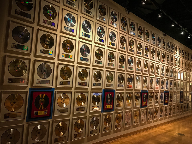 wall of gold records country music hall of fame tour