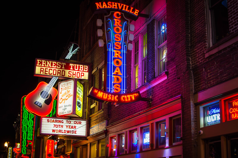 How To Enjoy A Weekend Road Trip From Memphis To Nashville