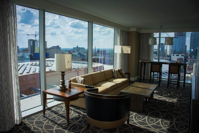 omni nashville hotel suite