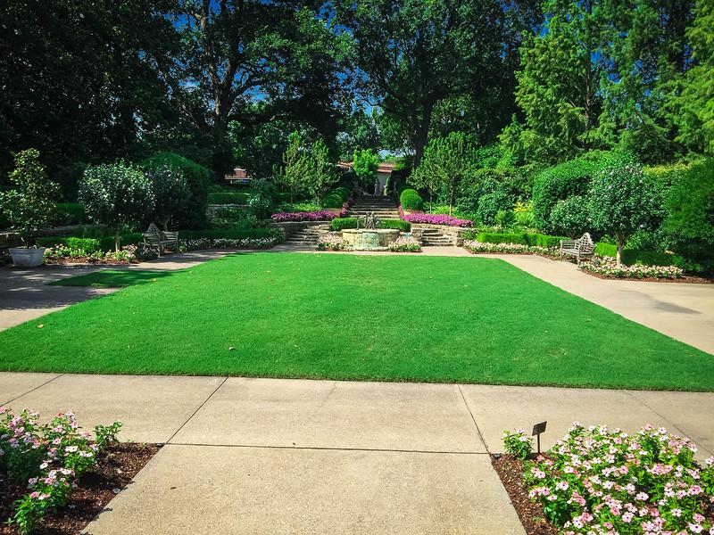 mccasland sunken garden dallas arboretum