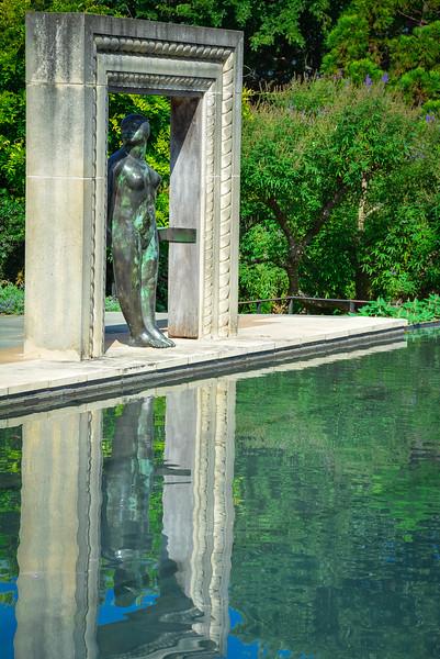 a woman's garden dallas arboretum