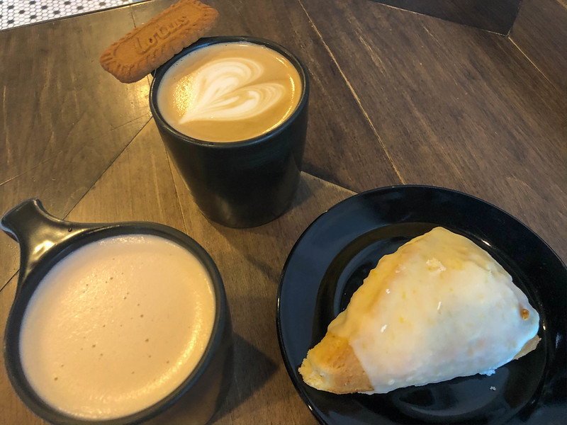 dichotomy coffee cookie butter latte