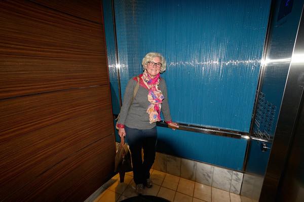 ascenseur pour 54 étages!