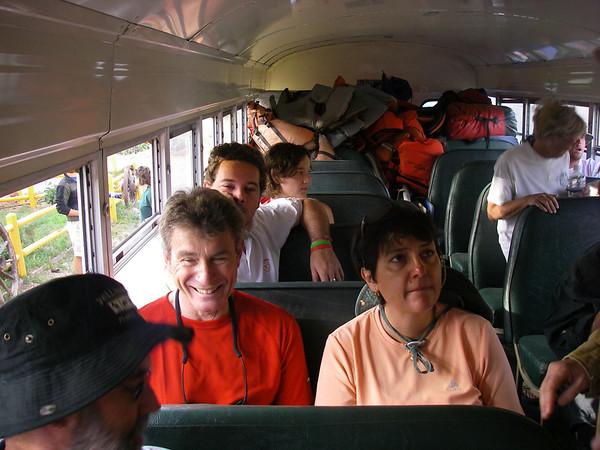 Il faut faire presqu'une heure de bus...