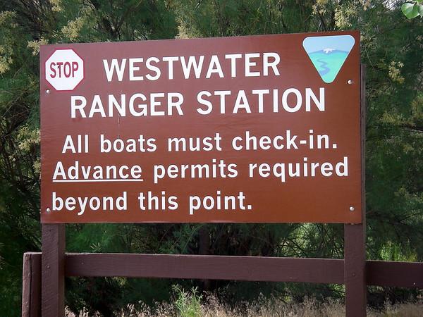 Il faut patienter pour obtenir l'autorisation, très réglementée de descendre en raft