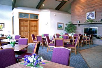 La salle à manger pour le petit dej de l'hotel, le Silver Saddle