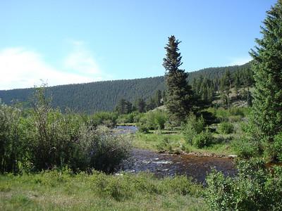 Au départ, un petit pont sur la Big Thomson River. Un beau ruisseau à truites!