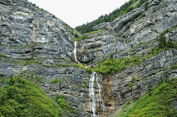 Petite halte à Bridal Veil Falls, une cascade…comme dans les Pyrenéés !