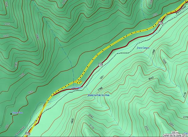 l'arret de Bridal Falls, vue de 300m