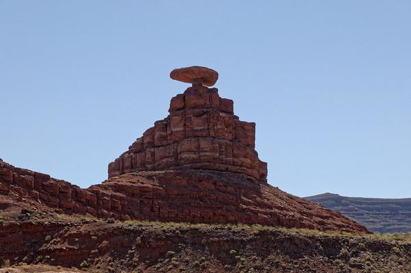 Mexican Hat se trouve au dessus d'une boucle de la San Juan River