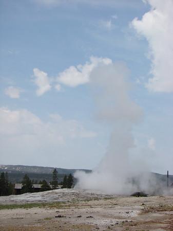 l'éruption de 10h54! suite