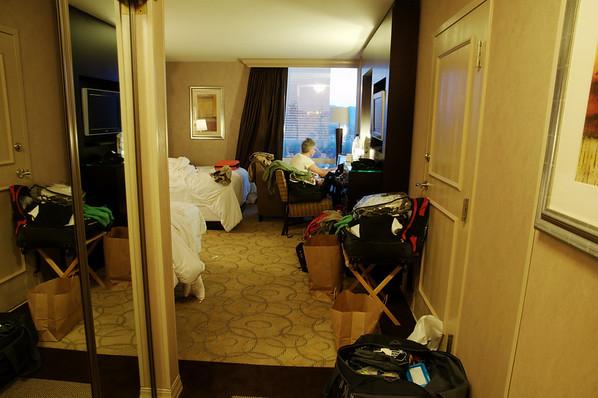 et de notre chambre, comme d'hab en bordel
