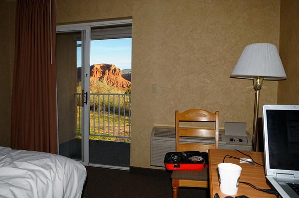 notre chambre, et son balcon vue red cliffs, au petit matin