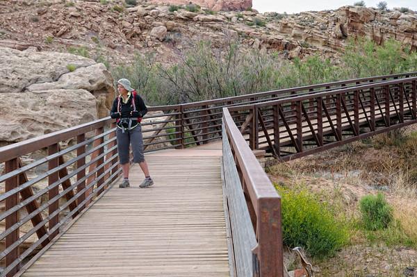 Le joli pont sur Salt Wash
