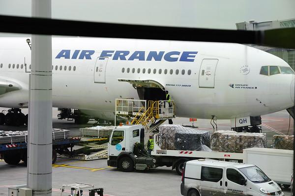 10H à Roissy C'est notre avion!