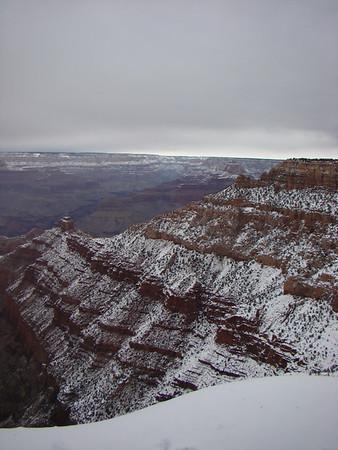 Nous montons à Grand Canyon pour lui dire au revoir sous la neige!