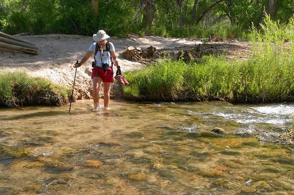 il faut traverser 6 fois la rivière avant l'embranchement pour Sand Creek