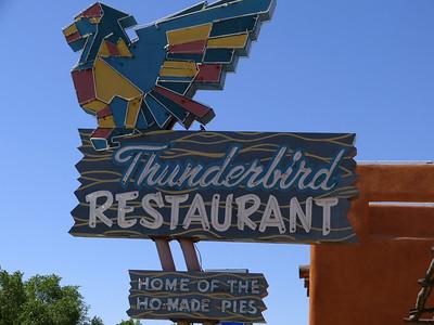petit arret à Mount Carmel Junction, célèbre pour ce bar et ses colibris