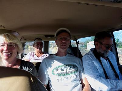 On fait l'aller avec Brent au volant, deux sympathiques Hollandais, Susan au fond