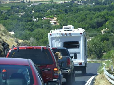 et nous prenons l'I 15south, vers Las Vegas...Les chiens devant nous, presque en dehors de la voiture!