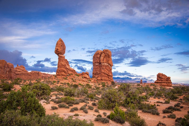 balanced rock arches national park