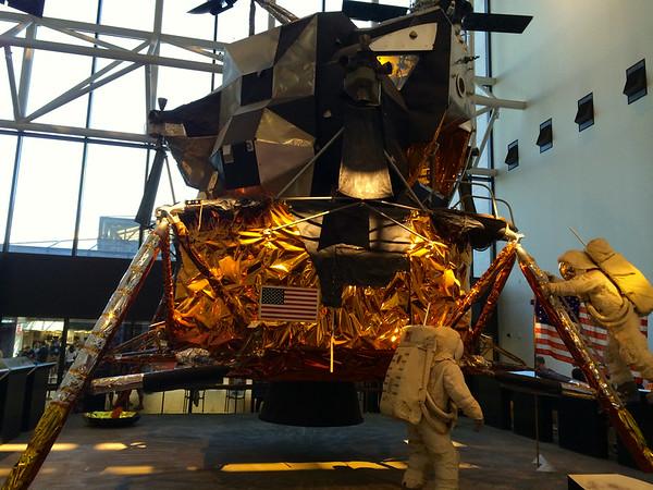 Apollo Lunar Excursion Module - Smithsonian Air & Space Museum