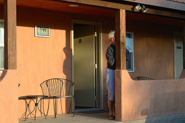 Nous quittons à regret le CircleD Motel, surtout notre minisuite!