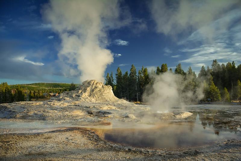 upper geyser basin yellowstone