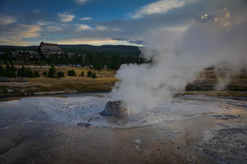 beehive geyser yellowstone national park