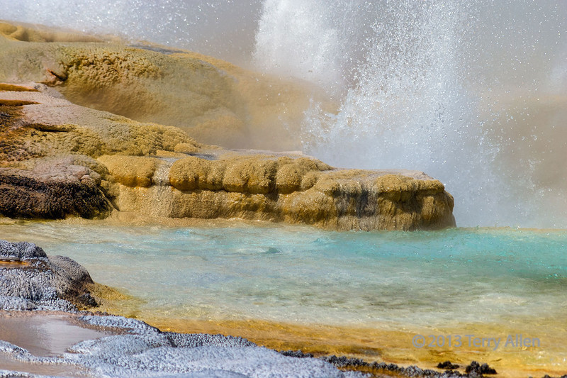 Geyser-&-sulfur-rocks,-Yellowstone<br /> <br /> An other worldly landscape