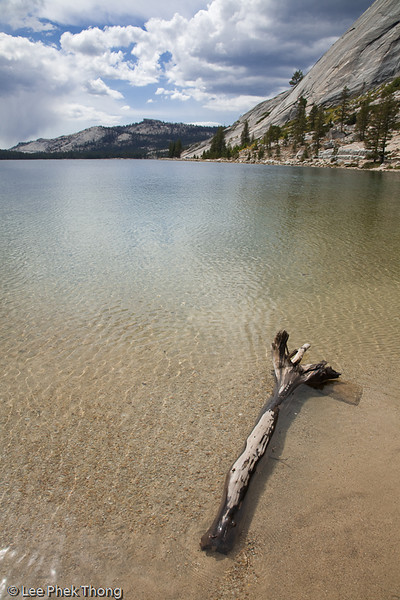 Tenaya Lake, Tioga Road.<br /> Tenaya Lake, Yosemite National Park, California, USA.