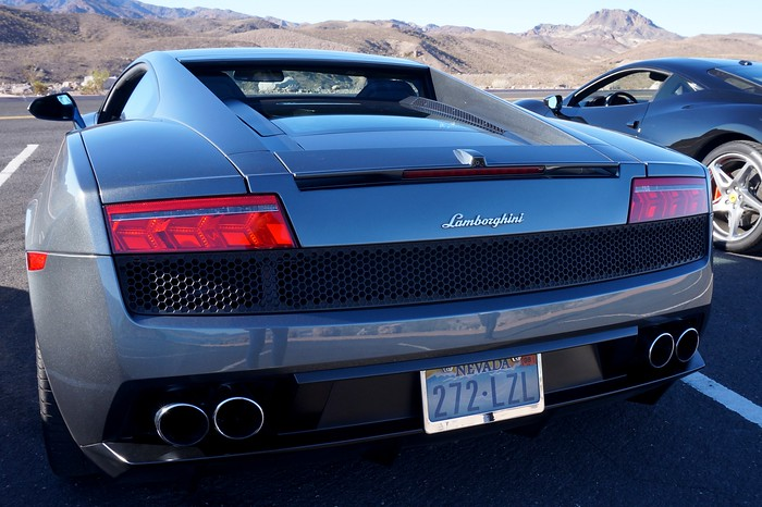 Driving luxury cars in Las Vegas - the Lamborghini