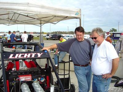 Johnny Benson helps the Lichty team