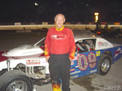 #09 is Don Skaggs from Modoc Indiana finished in 16th