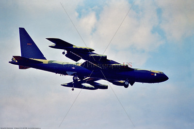 B-52D 004 A side view of a landing Boeing B-52D Stratofortress, USAF strategic long range bomber, 60617 22 BW, in SE Asia Vietnam War color scheme, 8-1980 Brize Norton, military airplane picture by Stephen W  D  Wolf   EEE_9449   Dt