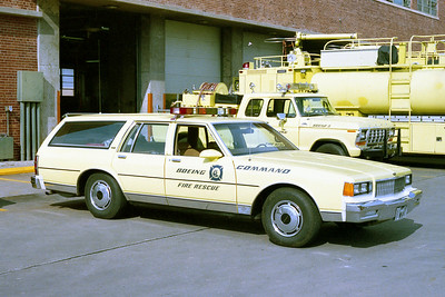 BOEING COMMAND CAR