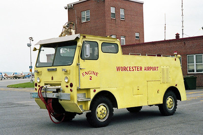 WORCESTER AIRPORT FD MA  ENGINE 2  1957  GIBSON   325-400-40F