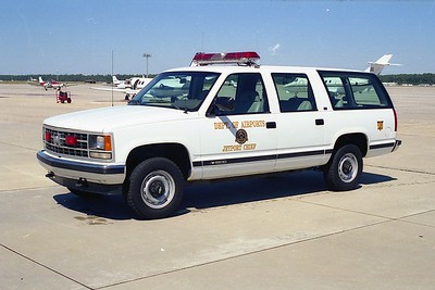 Myrtle Beach Jetport SC - Car 1 - 19xx Chevy Suburban