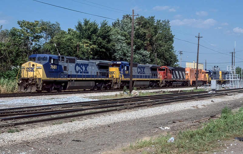 CSX 7661 + 7551 + CN 5227 + CSX 9654 + 2333 +6428 Dolton 28 July 1998