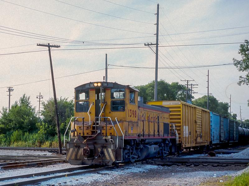 UP 1398 Dolton 28 July 1998