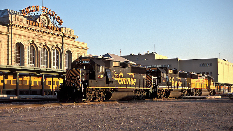 All three DRGW GP60 locos are at Denver on 17 July 1998, two still in (different versions of) Rio Grande livery and the third already repainted into Union Pacific colours.