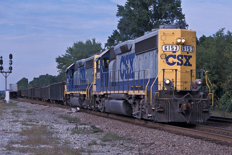 CSX 6153 + 6152 Doswell 8 October 2002