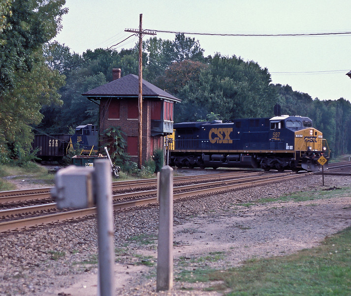 CSX 587 + 280 Doswell 3 October 2002